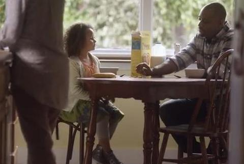 Cheerios Returns The Multi-Racial Family for the Super Bowl